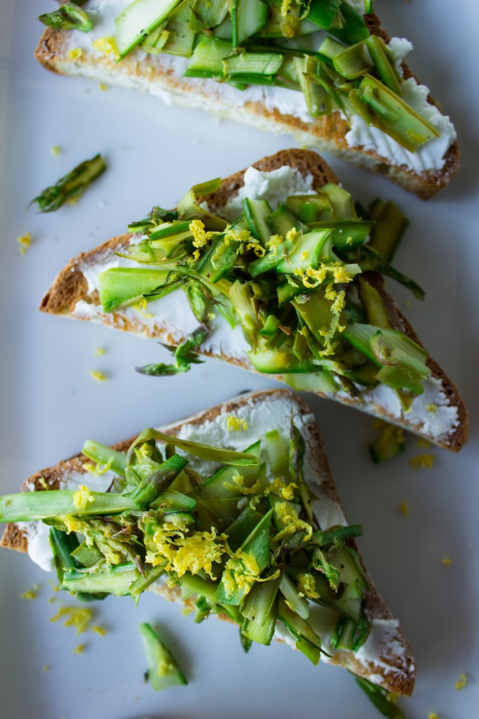 Asparagus & Goat Cheese Crostini