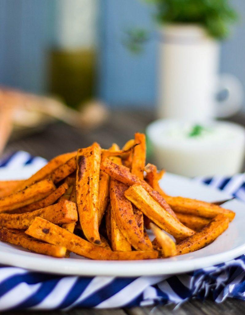 Baked Sweet Potato Fries with Curry Cilanto Mayo {gf +v}