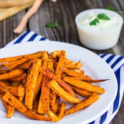 Baked Sweet Potato Fries with Curry Cilanto Mayo {gf +v}