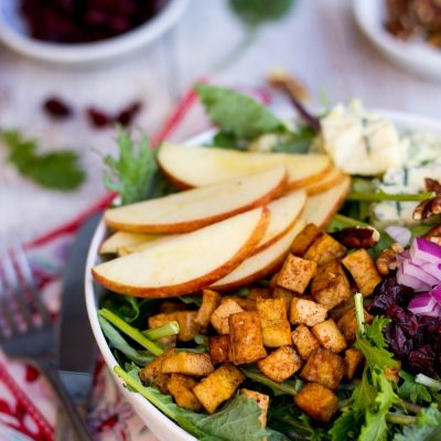 Blue Cheese, Apple, Pecan & Cranberry Salad with Tofu