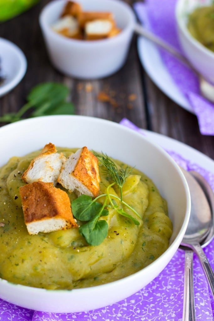 Chilled Watercress Potato Soup with Dill-8650