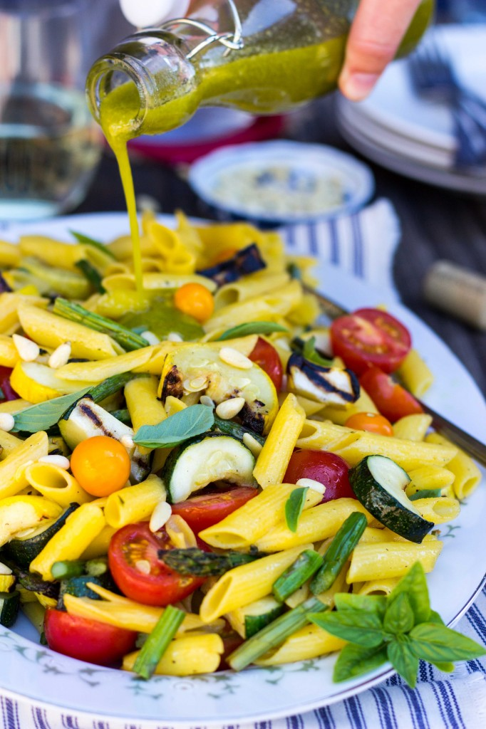 Grilled Vegetable Summer Pasta Salad with a Basil & Roasted Garlic ...