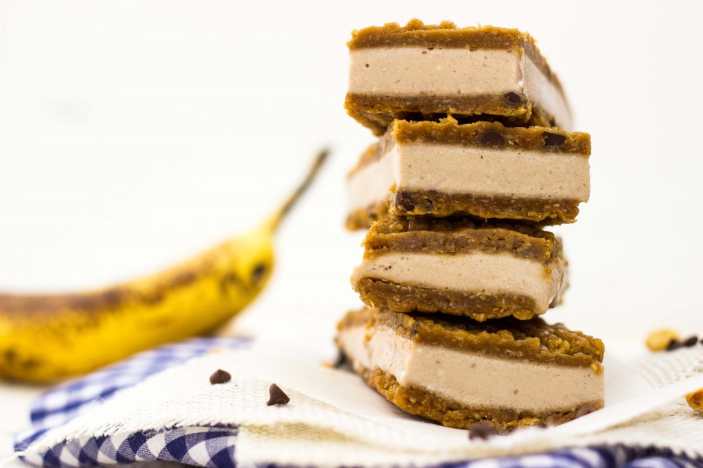 Peanut Butter & Banana Ice Cream Sandwiches-0500