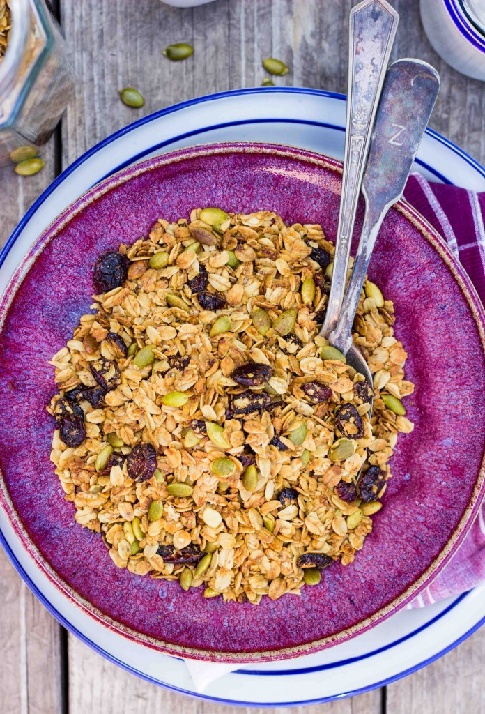 Pumpkin Spiced Granola with Pepitas & Dried Cranberries-4767