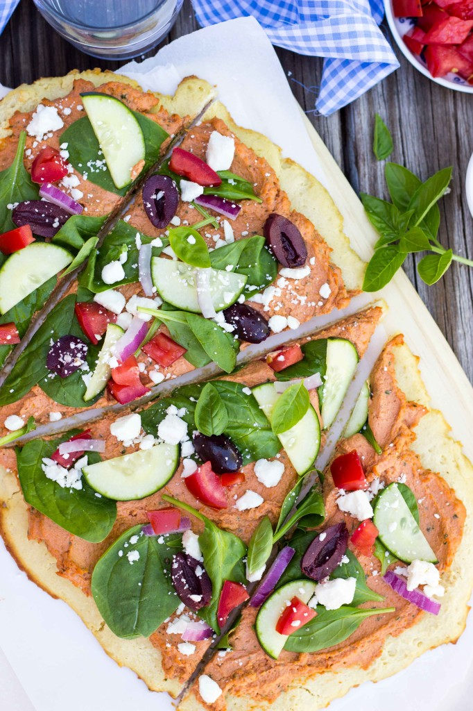 Sun-Dried Tomato & Basil Hummus Flatbread-4604