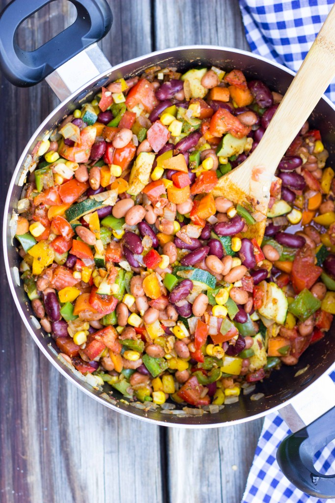 Three Bean Loaded Veggie Chili-4451