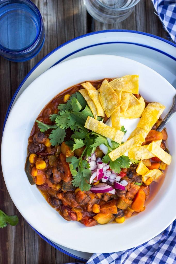 Three Bean Loaded Veggie Chili-4500