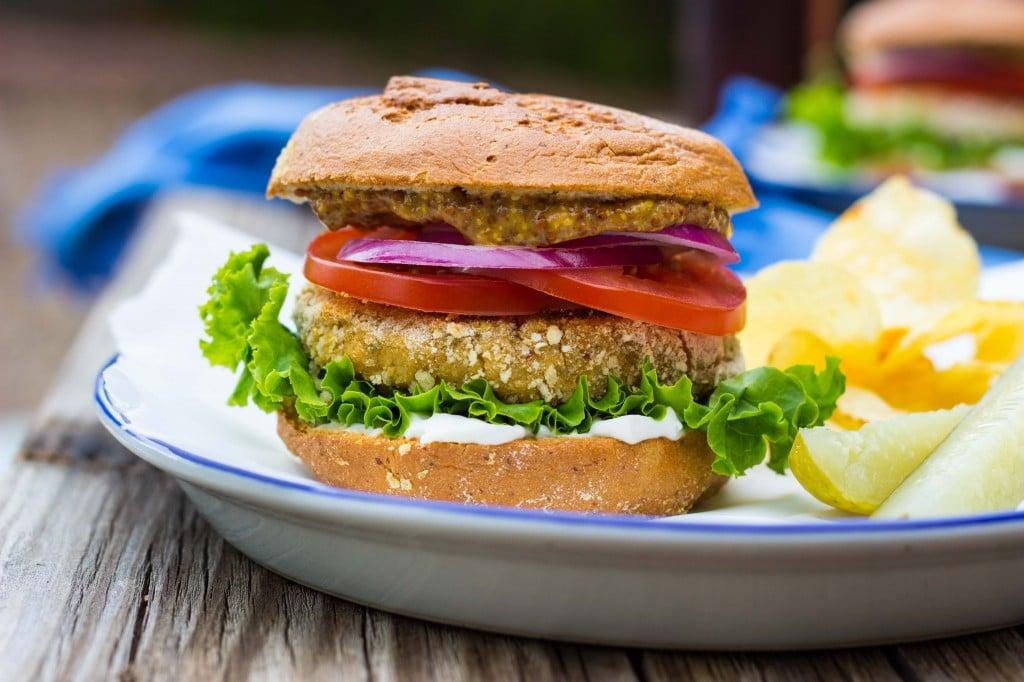 Vegan -Chicken- Patty Sandwiches-4702