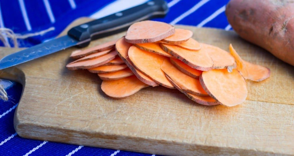 Baked BBQ Sweet Potato Chips-7071