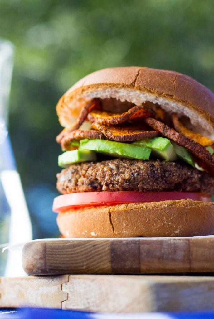 Easy Vegan Black Bean Burgers-7180
