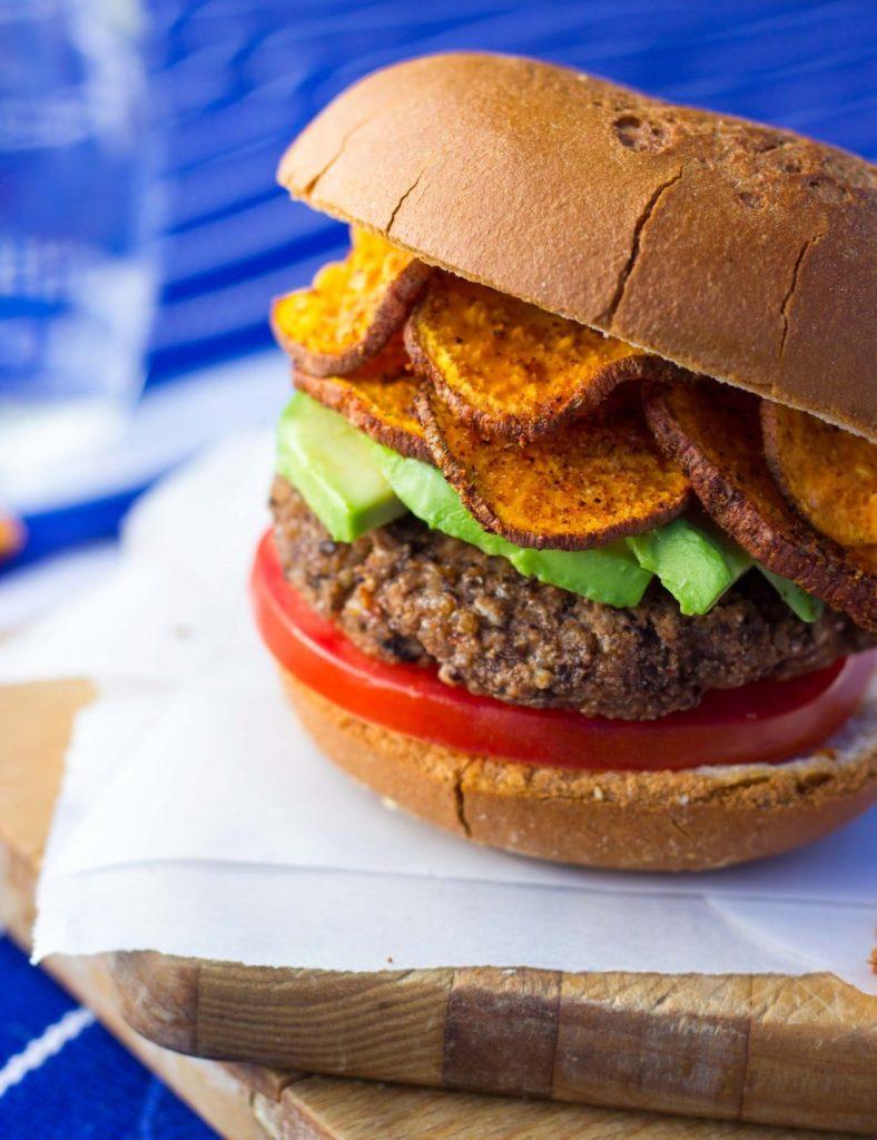 Easy Vegan Black Bean Burgers-7192