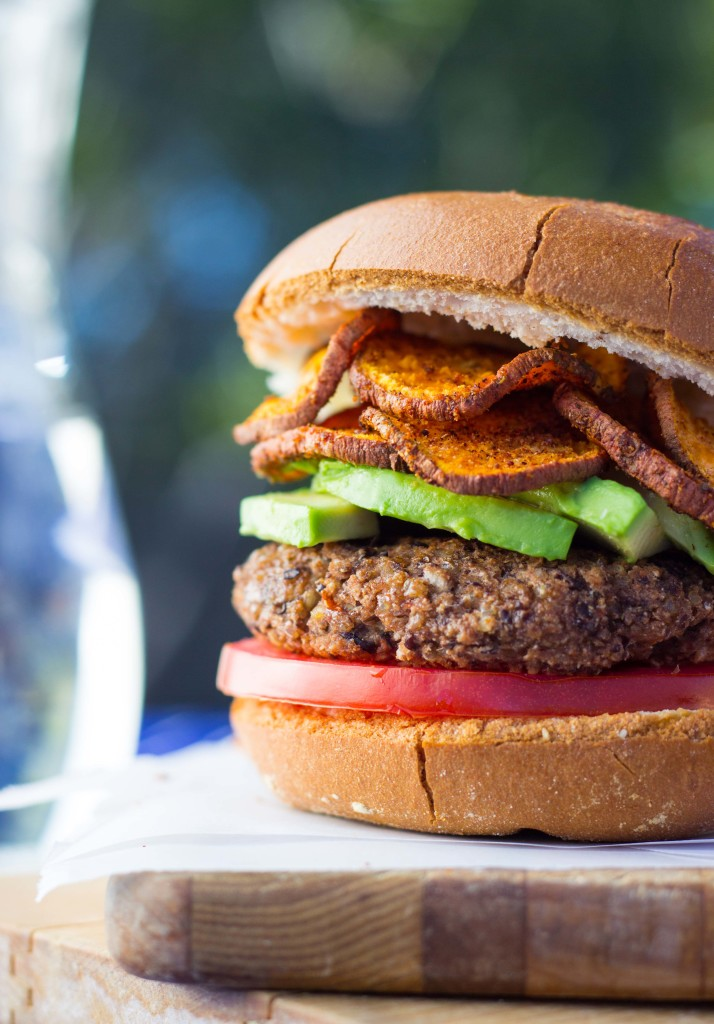 Easy vegan black bean burgers recipe video she likes food easy vegan black bean burgers 7206 forumfinder Image collections