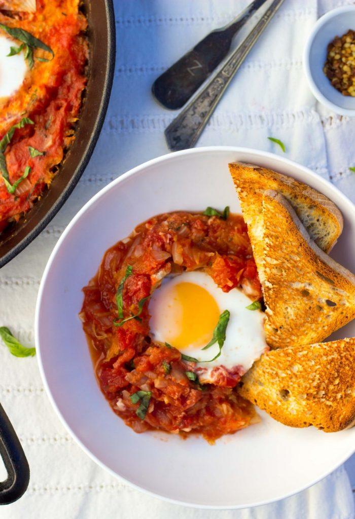 Eggs In Purgatory With Spaghetti Squash-6935