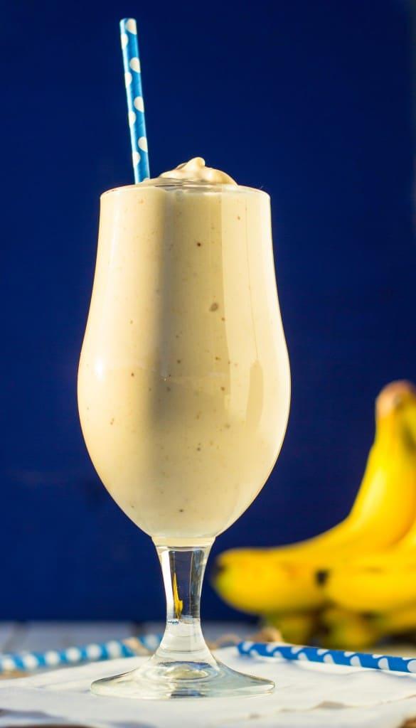 Skinny Peanut Butter & Banana Milkshakes {vegan}-8723