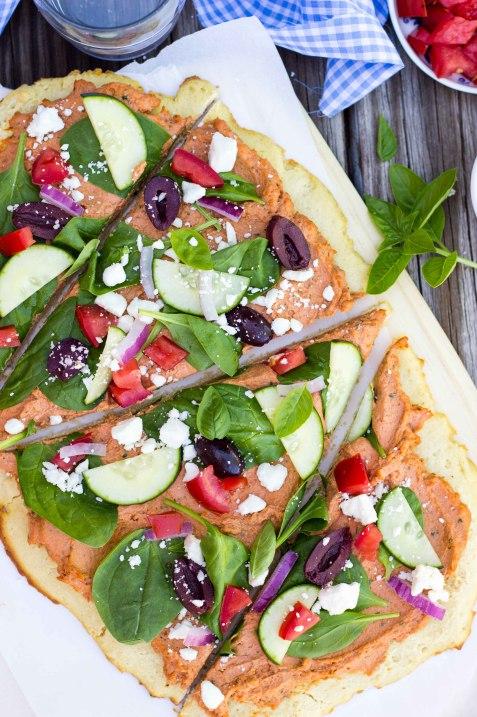 Sun-Dried-Tomato-Basil-Hummus-Flatbread-4604