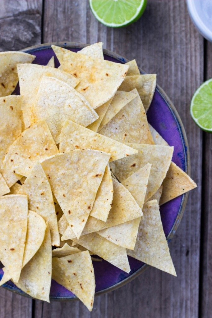 Hint of Lime Baked Tortilla Chips-0375