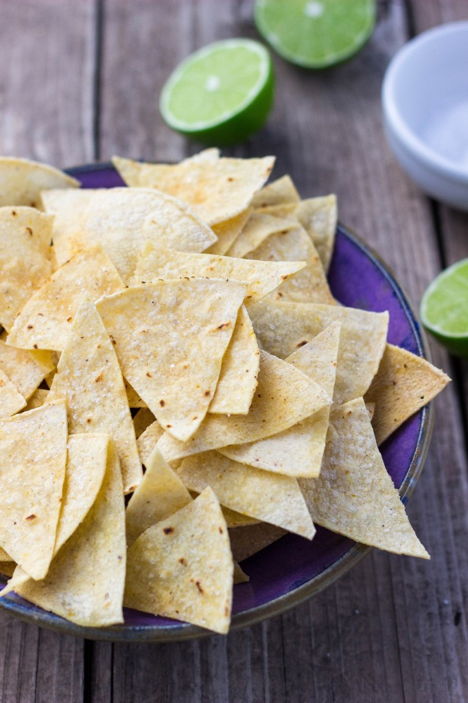 Hint of Lime Baked Tortilla Chips-0386