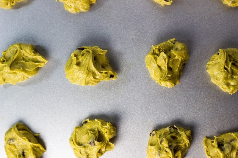 Avocado Cookies with Chocolate Chips & Pistachios-1417