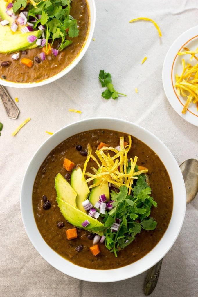 Smokey Sweet Potato and Black Bean Soup-1138