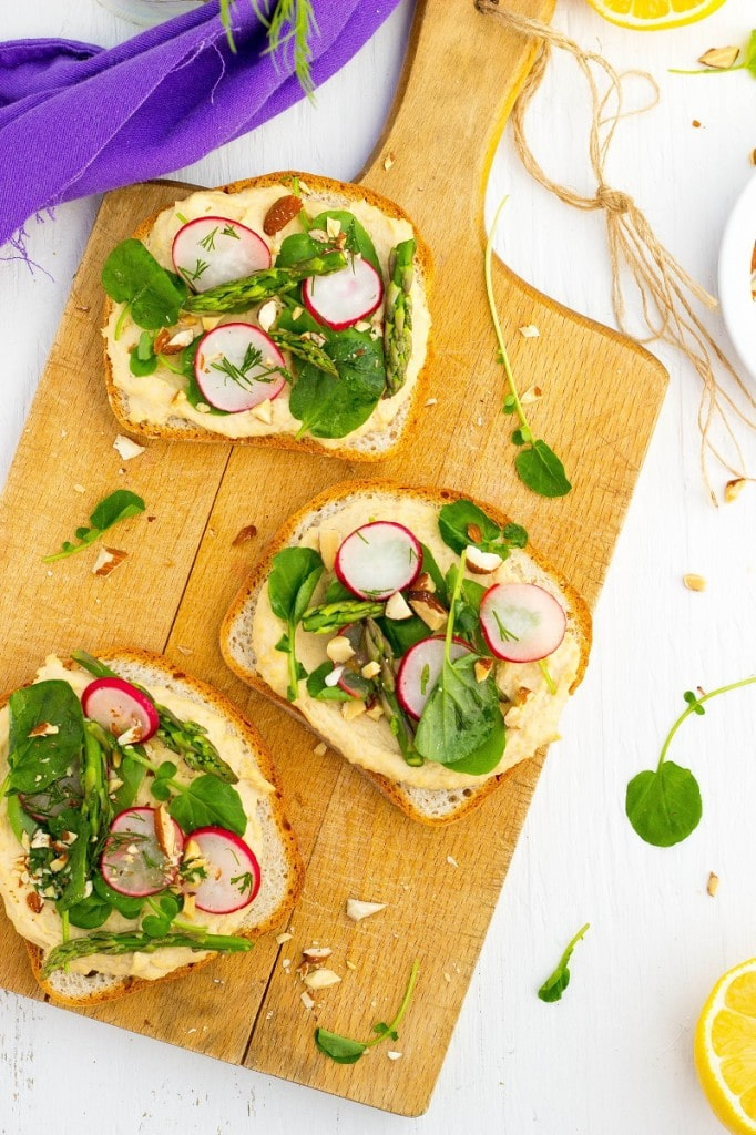 Fresh Spring Toasts with Hummus-3229
