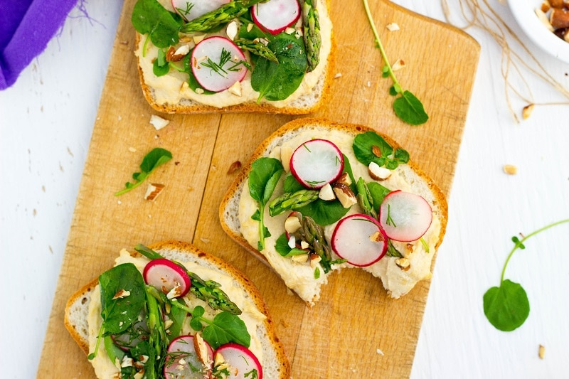 Fresh Spring Toasts with Hummus-3234