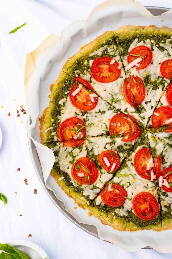 Pesto Pizza with Roma Tomatoes-6047