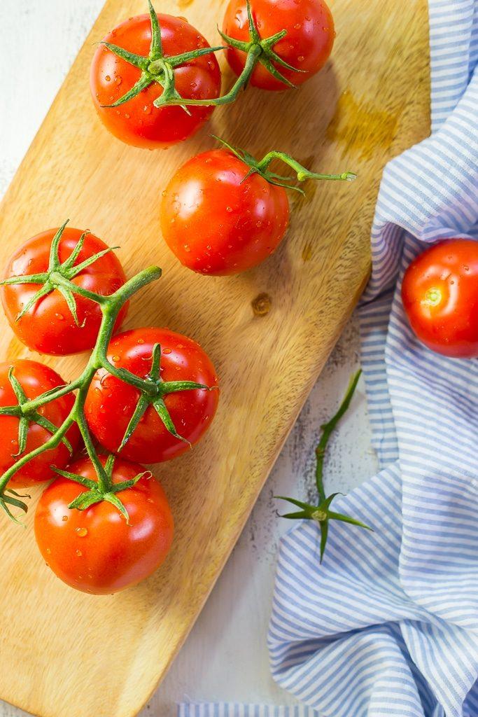 Quinoa and Chickpea Stuffed Tomatoesss-0379