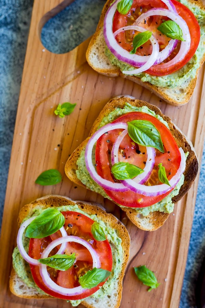 Basil Lemon and White Bean Toasts with Tomato-4501