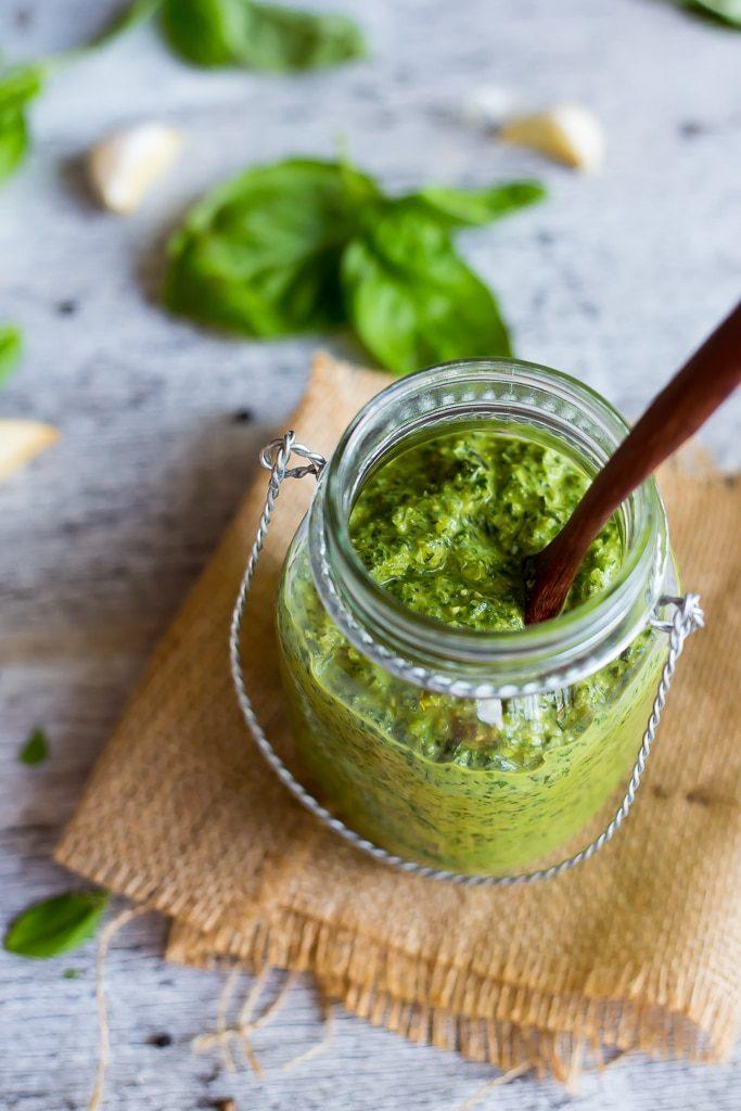 Creamy Vegan Basil Pesto-4873