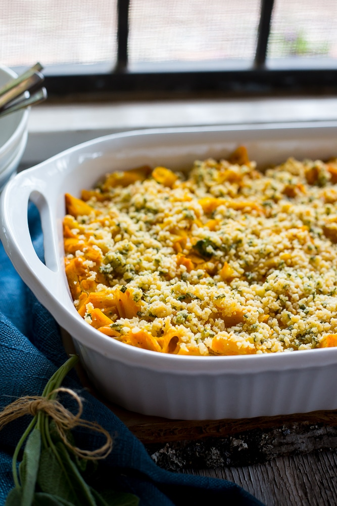 Vegan Butternut Squash Mac N' Cheese with Crispy Sage Breadcrumbs-8426