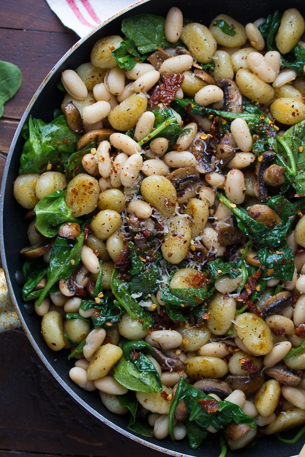 Pan-Fried-Gnocchi-With-Sundried-Tomatoes-and-White-Beans-2
