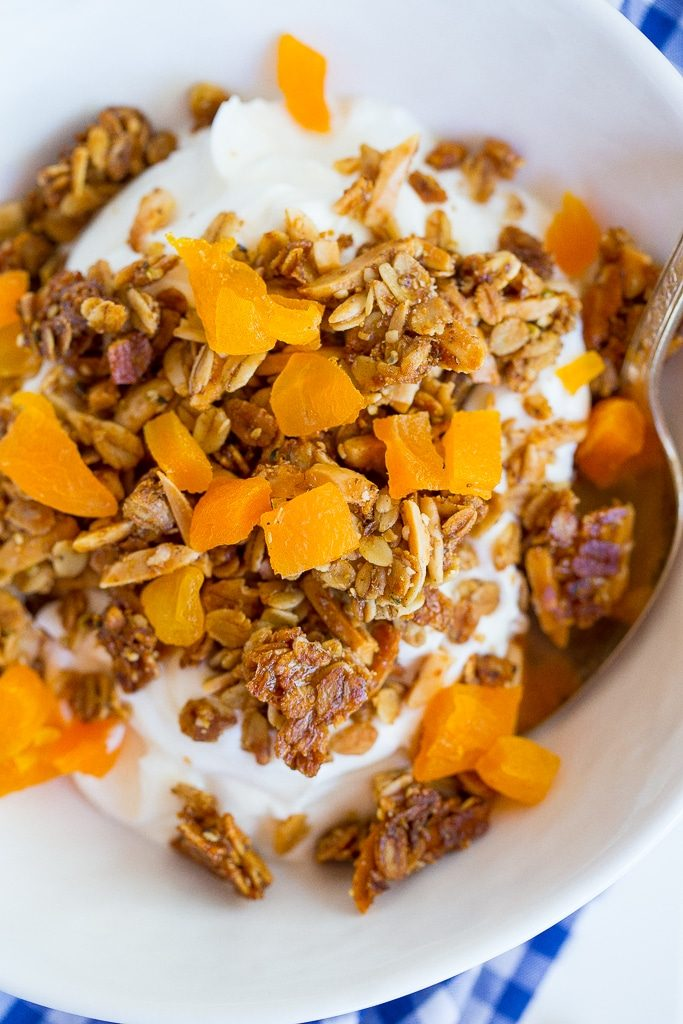 This Clustery Granola with Almonds & Apricots is so crunchy and delicious!  You'll want to eat it for breakfast everyday! {gluten free, vegan}