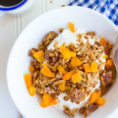 Clustery Granola with Almonds & Dried Apricots
