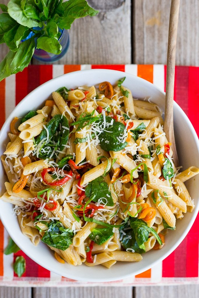 Balsamic Sweet Pepper Pasta with Spinach and Parmesan-5363