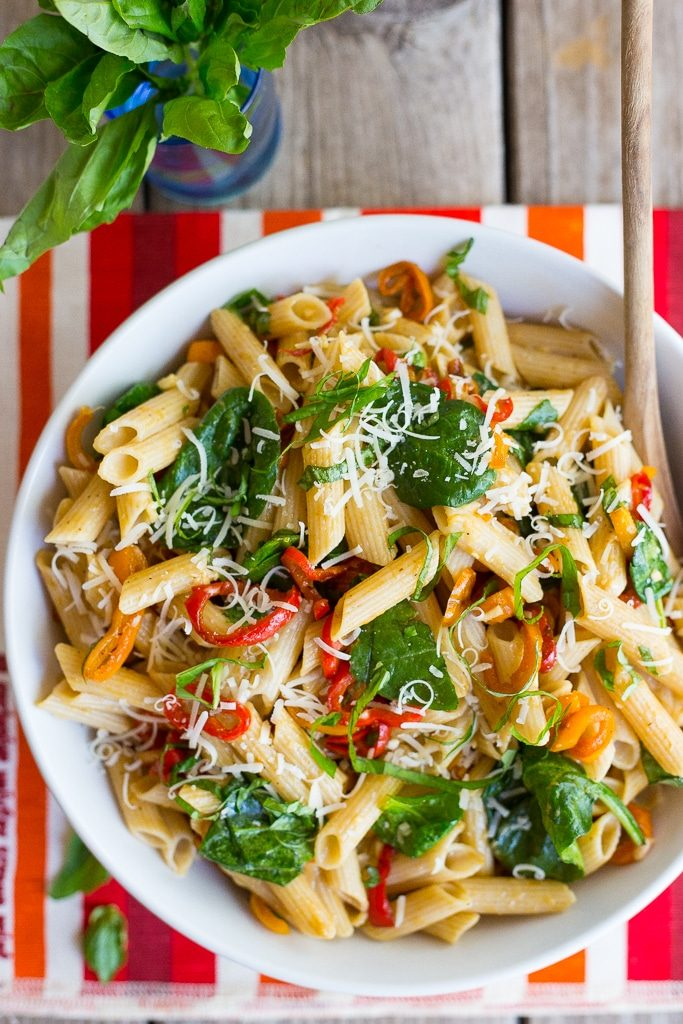 Balsamic Sweet Pepper Pasta with Spinach and Parmesan-5365