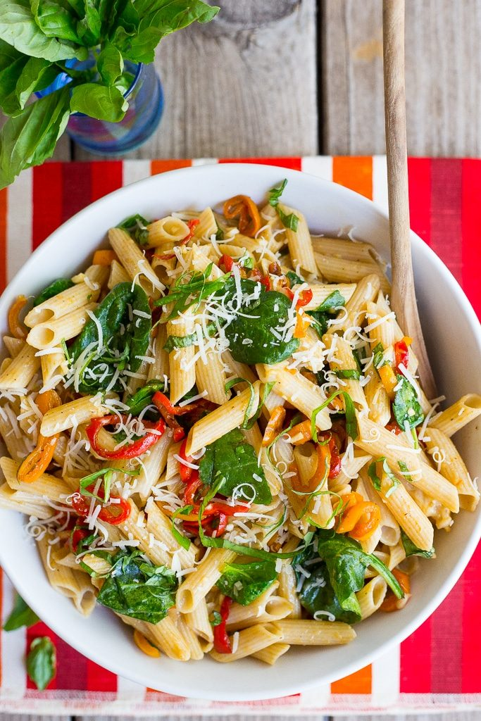 Balsamic Sweet Pepper Pasta with Spinach and Parmesan-5373