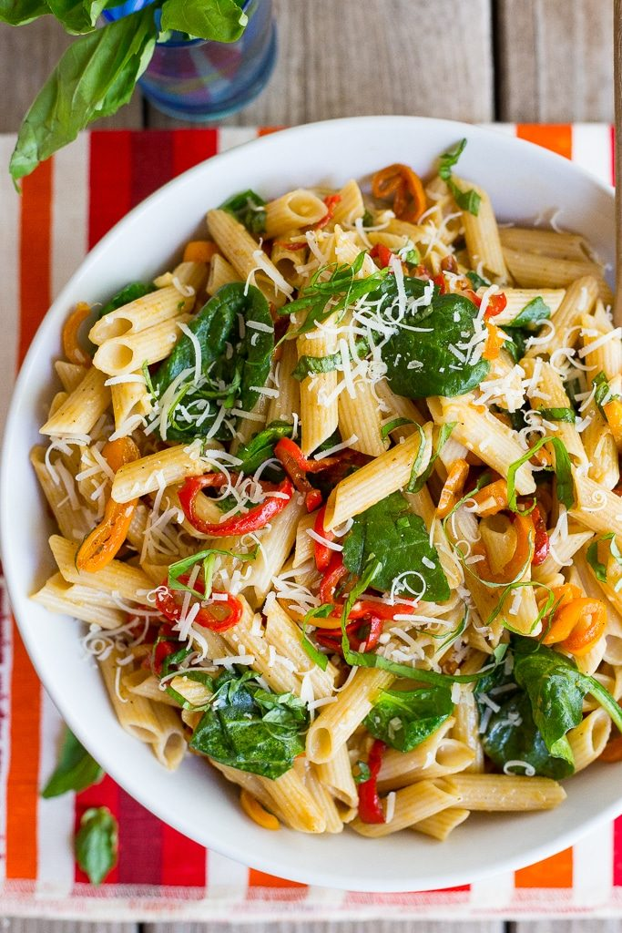 Balsamic Sweet Pepper Pasta with Spinach and Parmesan-5376