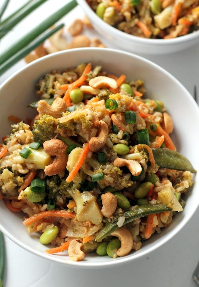 Healthy Vegetarian Meal Plans an entire week of quick, easy and nutritious meals that the whole family will love! (with vegan and gluten free options)