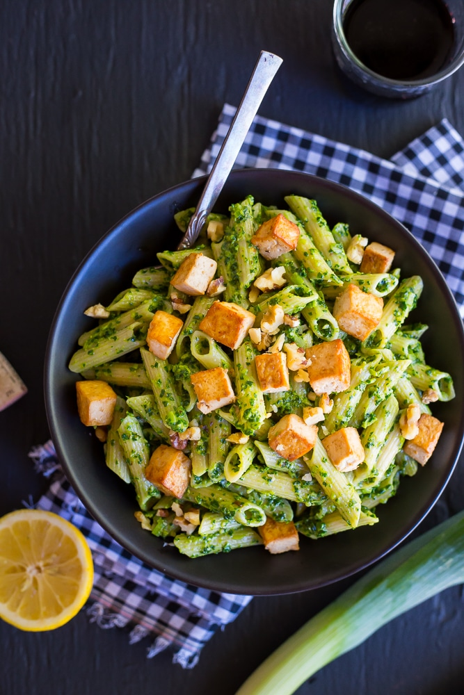 Kale-and-Leek-Pesto-Pasta-with-Tofu-1311