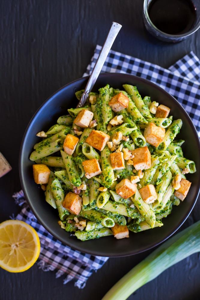 Kale-and-Leek-Pesto-Pasta-with-Tofu-1311