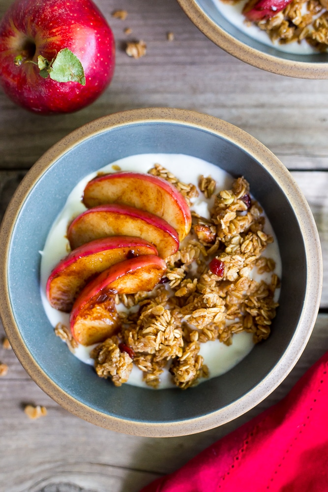 These Easy Apple Crisp Breakfast Bowls come together in only 10 minutes and give you a great excuse to eat apple crisp for breakfast!