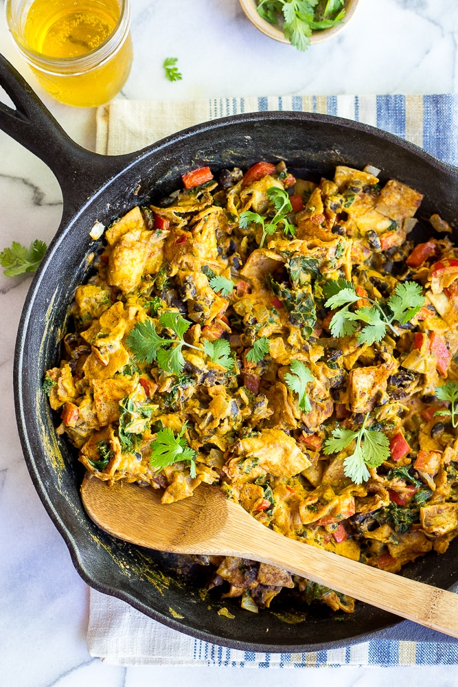 Cheezy Vegan Taco Skillet - This delicious dinner comes together quickly for an easy and delicious weeknight meal with a hint of pumpkin! {vegan, gluten free}