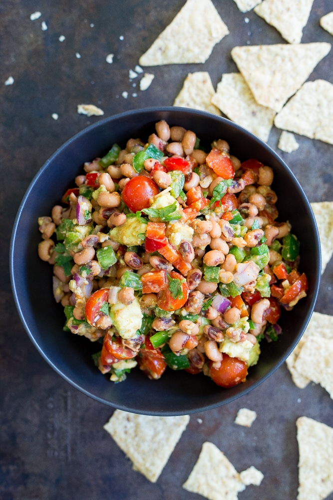 This Southwestern Black Eyed Pea Salad is healthy and delicious!  It makes for a great side dish or dip for chips!  Vegan and gluten free!