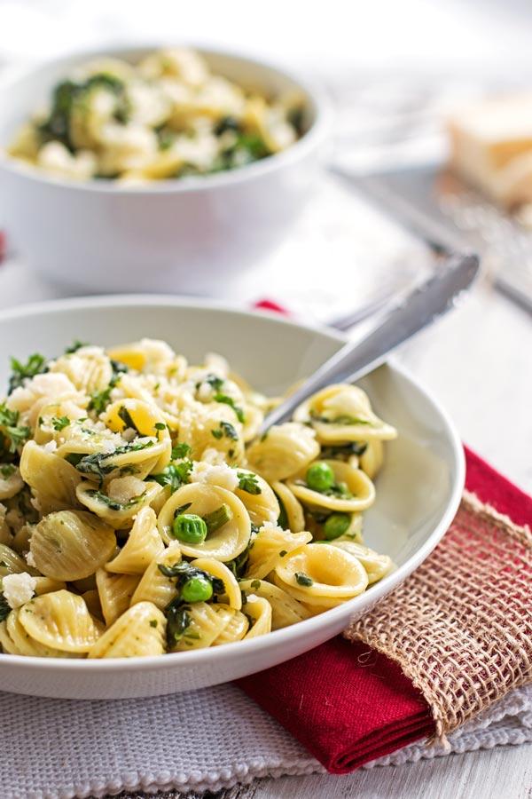 one-pot-spinach-pea-pasta-recipe-2