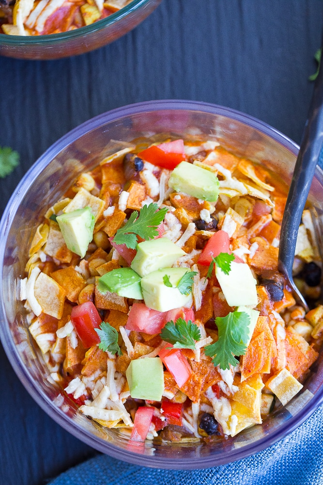 Make Ahead Enchilada Lunch Bowls - Cook these bowls on Sunday and you'll have a delicious and healthy lunch all week long!  They're gluten free and vegan!  Great vegetarian work lunch recipe!