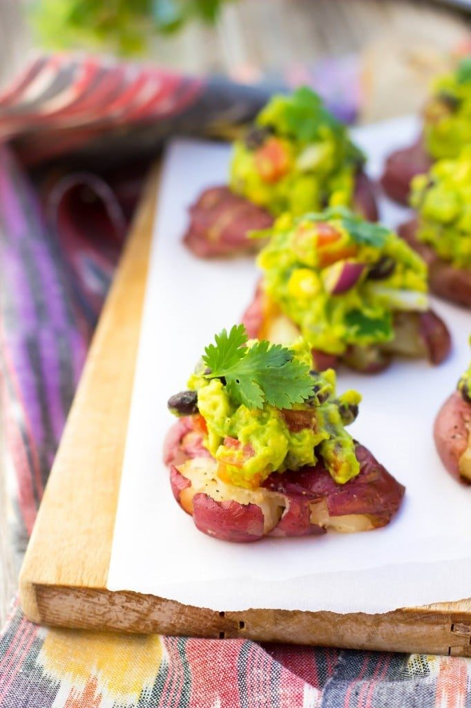 Smadhed-Potatoes-with-Loaded-guacamole-Main-682x1024