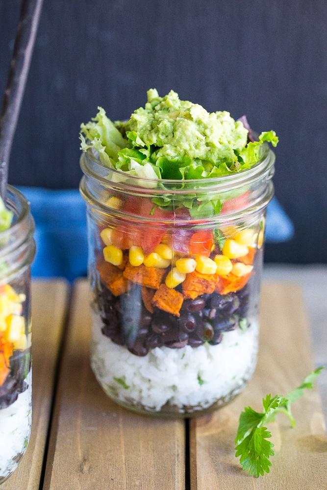 Vegetarian-Mason-Jar-Burrito-Bowls-6525