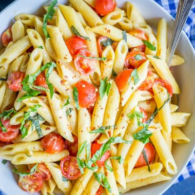 One-Pot Creamy Vegan Caprese Pasta {30-Minute}