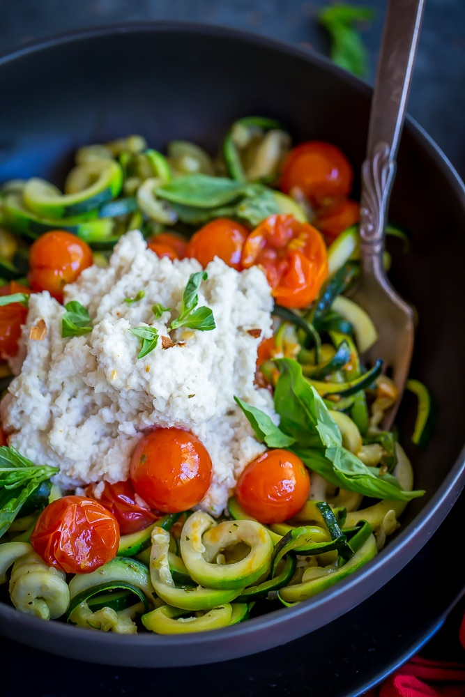 15 Minute Zucchini Noodle Bowls-6501