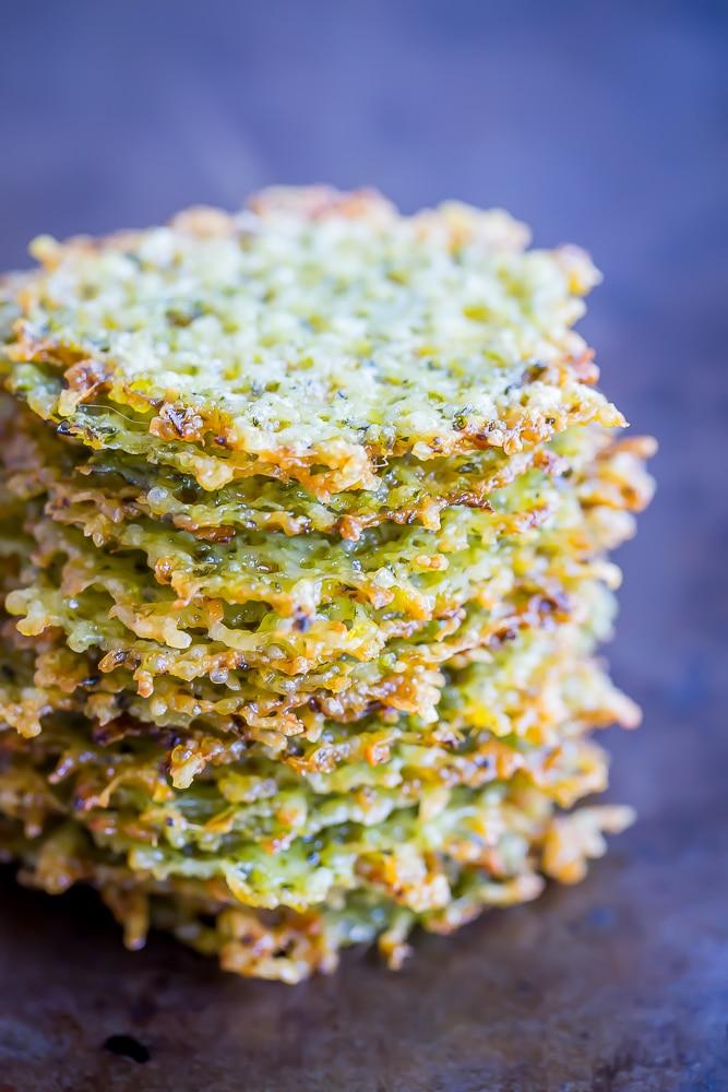 2 Ingredient Pesto Parmesan Chips-6671